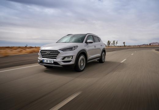 Photo de l'avant gauche d'une Hyundai Tucson 2.0 48V CRDi 185 Hybrid 2WD BVA8 Executive (Tout-Terrain)