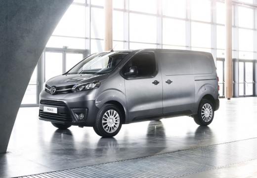 Photo de l'avant gauche d'une Toyota Proace Fourgon Long 2.0 D-4D 180 BVA Business (Fourgon)
